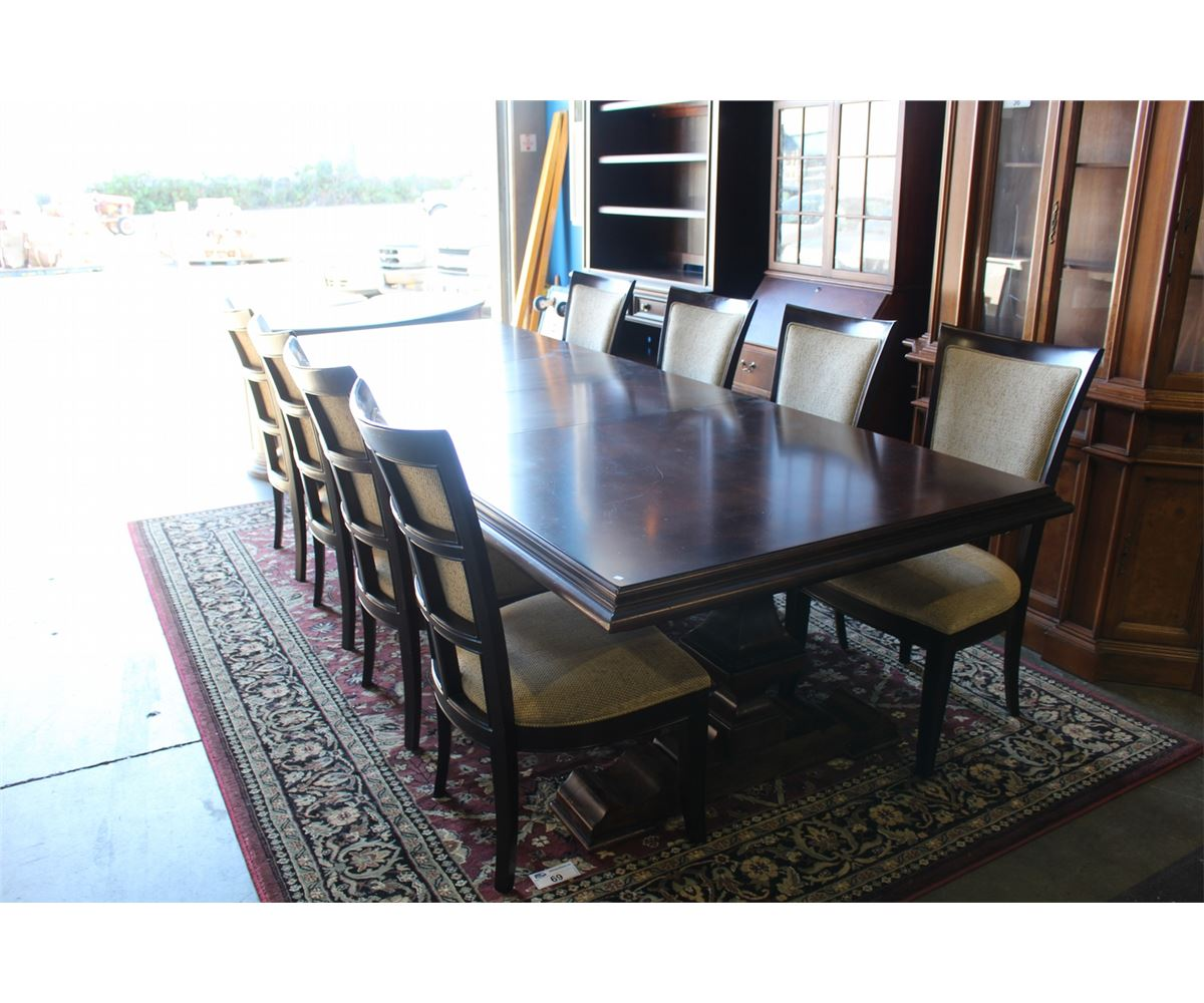 Image 1 STANLEY FURNITURE ELEGANT MAHOGANY FINISH DINING ROOM TABLE SET WITH 2