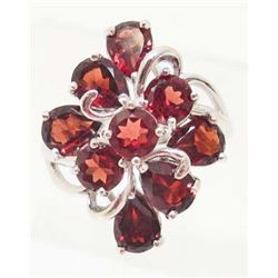 STERLING SILVER GARNET RING - SIZE 7