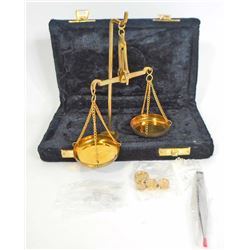 10 GRAM GOLD SCALE IN BLACK VELVET CASE