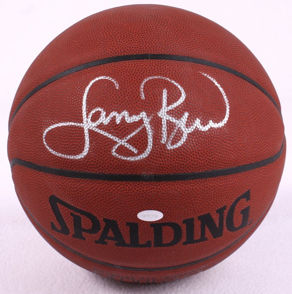 detailed look 493c8 2512c Larry Bird Signed Basketball (Mounted Memories)
