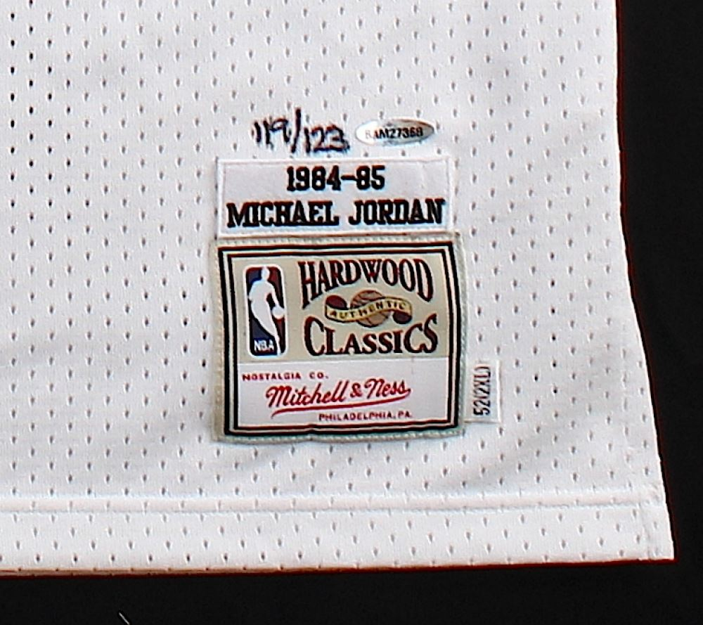 size 40 18cf9 056ca Michael Jordan Signed LE Authentic Mitchell & Ness 1984-85 ...
