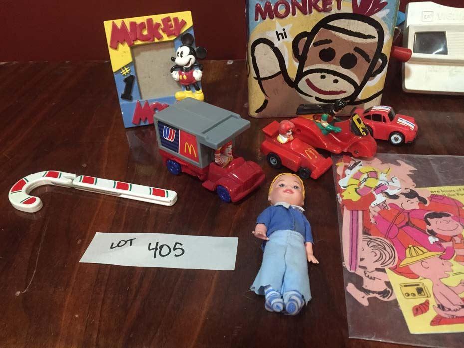 ... Image 2 : Sock Monkey & Vintage Character Items ...