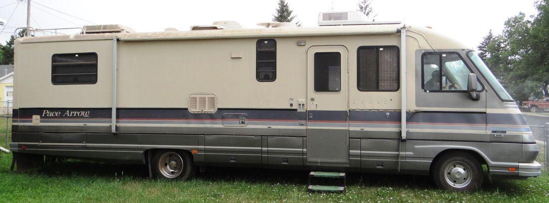 1989 Fleetwood Pace Arrow 34L motorhome, 34', 454 gas Chevy engine, auto   trans , 63,471 miles