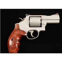 Smith & Wesson 610-2 10mm SN: CCV7296