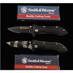 Lot of 2 Smith & Wesson Linerlock Knives