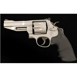 Smith & Wesson 627-5 Cal:.357 Mag SN: DBR5566