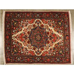 Sarouk Small Prayer Rug