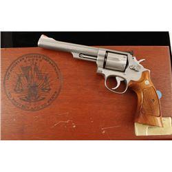 Smith & Wesson 68-2 Cal: .38 Spl SN: AEU5090