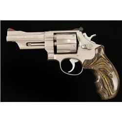 Smith & Wesson 624 Cal:.44 Spl SN: ALV2148