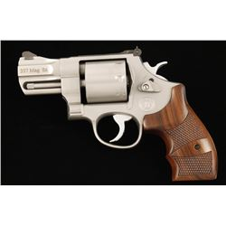 Smith & Wesson PC 627-5 .357 Mag SN CSM7942
