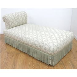 Victorian Style Upholstered Recamier