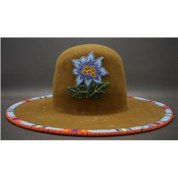 NEZ PIERCE BEADED HAT
