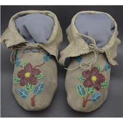 NEZ PIERCE MOCCASINS