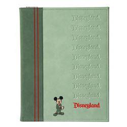 Disneyland executive note binder