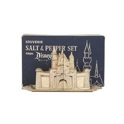 Salt and Pepper Disneyland castle set Silver  with original box