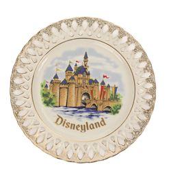 Souvenir Decorative Plate Set