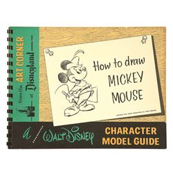 Walt Disney How to Draw Mickey Mouse  Art Corner Book.