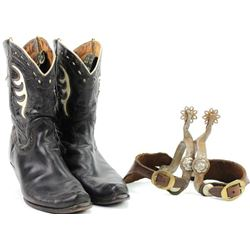 Collection of 2 includes lady leg spurs