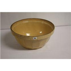 Medalta mixing bowl