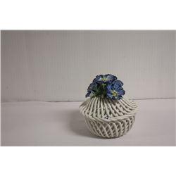 Decorative flower bowl