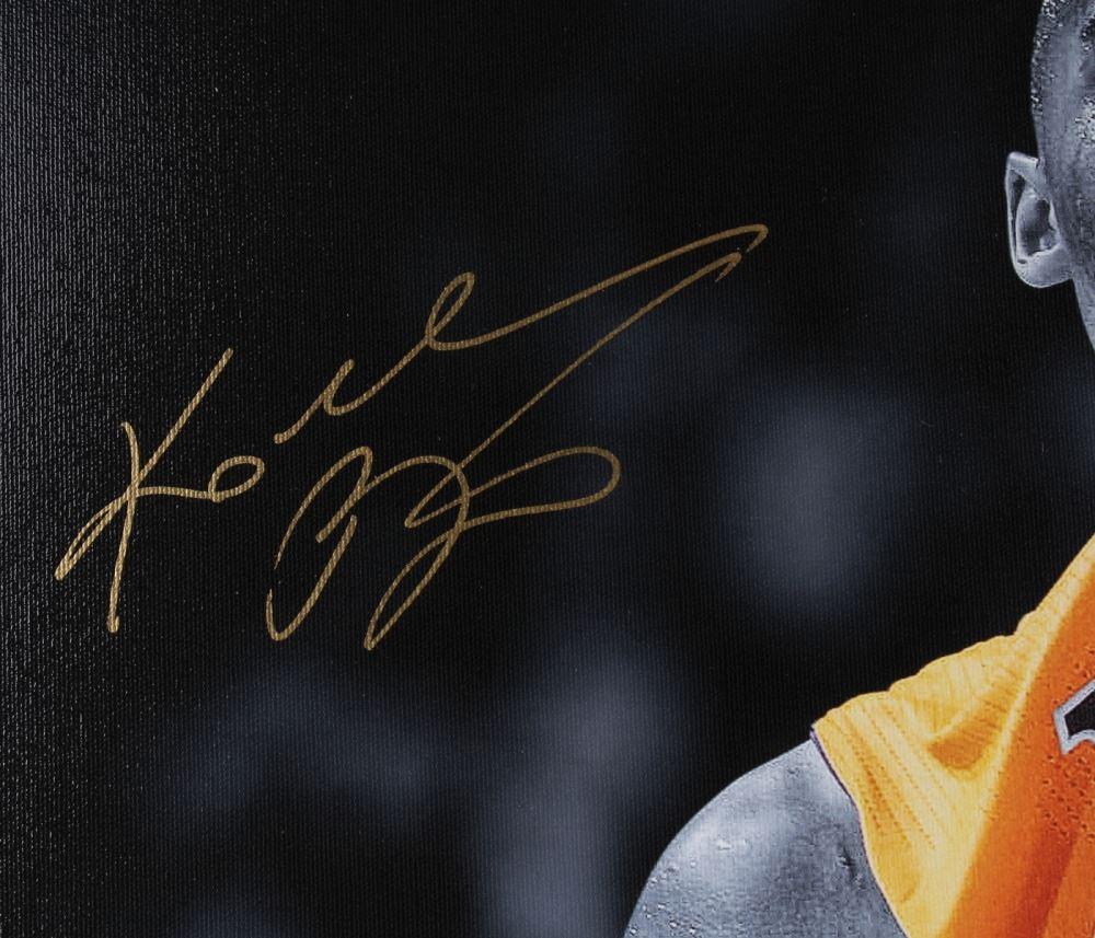 Kobe Bryant Signed Lakers 24x30 Le Giclee On Canvas Panini Coa