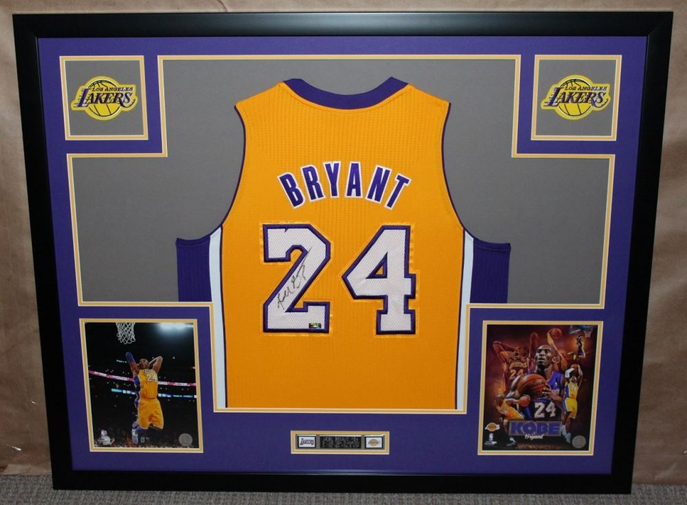 78becdb59129 Image 1   Kobe Bryant Signed Lakers 35