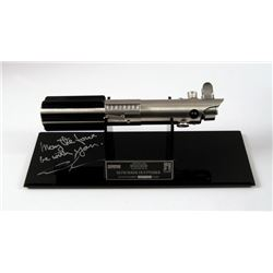 Star Wars: Episode IV - A New Hope Luke Skywalker (Mark Hamill) Artist Proof Edition Lightsaber