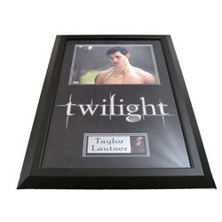 Twilight Taylor Lautner Autographed Photo