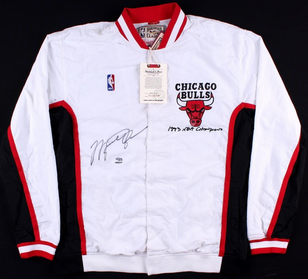 new style 02240 66236 Image 1   Michael Jordan Signed LE Authentic Mitchell   Ness Chicago Bulls  Warm Up Jacket ...