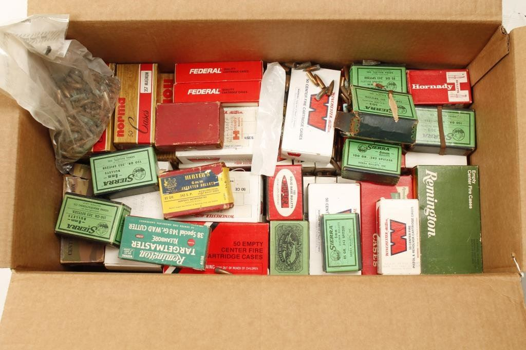 Bonanza lot of ammunition and bullets including 13 boxes of
