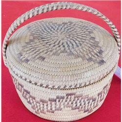 Papago Lidded Basket with Handle