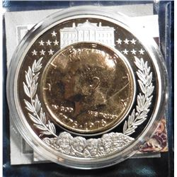 2001 American Mint Medal - Kennedy Half Dollar Inlay Coin. Material: Cu/Ni, with 24k gold layered in