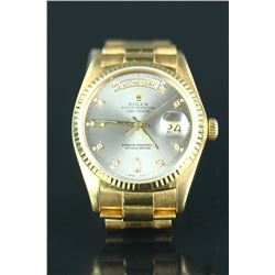 Fine 18K White Diamond Man's Rolex Watch