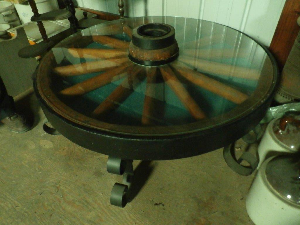 Custom Wood Spoke Wagon Wheel Table