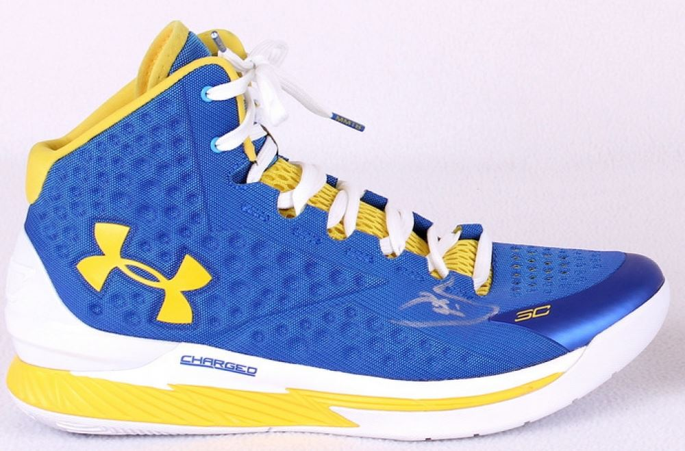 d7067bf9806 Stephen Curry Signed Warriors Under Armour Game Model Basketball Shoe (Curry  Hologram). Loading zoom