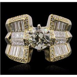 18KT Yellow Gold 3.51 ctw Diamond Ring