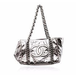 Chanel Silver Metallic Cracked Calfskin Modern Chain Tote