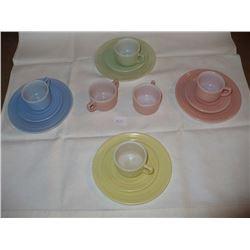 14pc 1940's Childs tea set