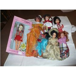 Group of 6 dolls