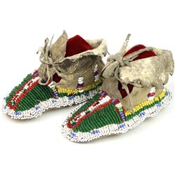 C. 1890-1900 Sioux childs high top moccasins