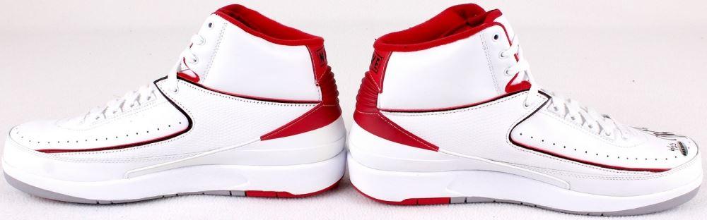 92269520677cff ... Image 3   Michael Jordan Signed New Pair of