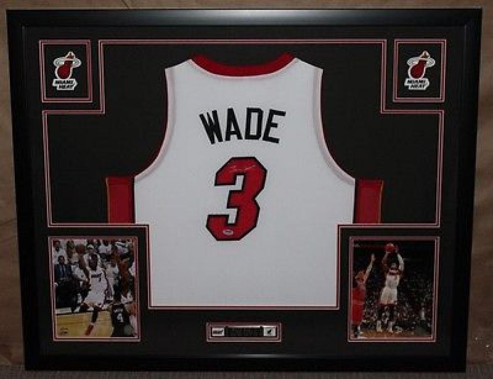 purchase cheap a456c a6f5f Dwyane Wade Signed Heat 35