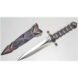 MEDIEVAL STYLE DAGGER W/ SCABBARD