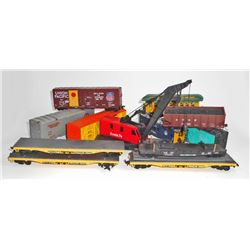 LOT OF 12 VINTAGE RAILROAD TRAIN CARS