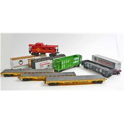 LOT OF 9 VINTAGE RAILROAD TRAIN CARS