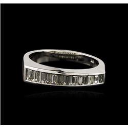 18KT White Gold 0.69ctw Diamond Ring