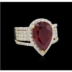 5.31ct Ruby and Diamond Ring - 14KT Yellow Gold