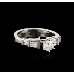 14KT White Gold 0.82ctw Diamond Ring