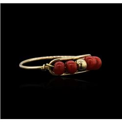 14KT Yellow Gold Coral Ring