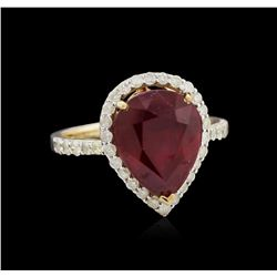 5.73ct Ruby and Diamond Ring - 14KT Yellow Gold